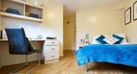 STUDENT ROOMS TO RENT IN MANCHESTER.PRIVATE ROOM WITH STUDY SPACE, WIFI,TV AND SOCIAL EVENTS