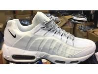 Size 7 Unworn Nike trainers