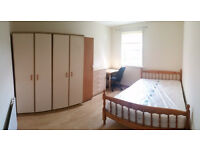 Furnished house, 2 BIG double rooms and by Edmonton Green station