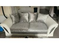 3 seater, 2 seater & cuddle chair
