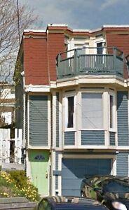 For Rent 1 Bedroom Apt Eastside of Downtown Battery Rd