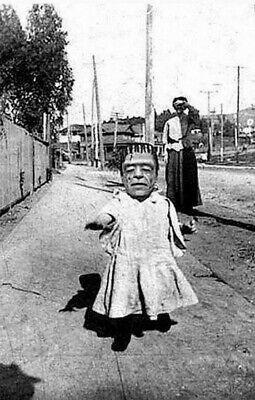 Vintage Lil Frankenstein Halloween Photo 821 Bizarre Odd Strange - Photo Halloween