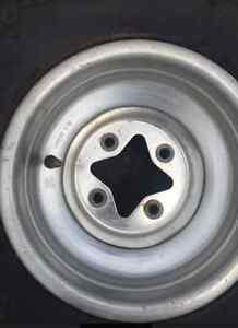 """Yamaha Raptor Rear tyres/rim 9"""" Horsley Park Fairfield Area Preview"""