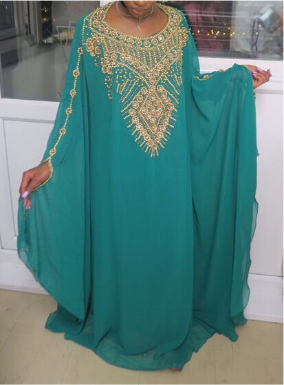 Elegant Dubia Kaftanin Stratford, LondonGumtree - Kaftan is embellished with real Crystal beads, this kaftan has an attached inner piece, the inner is 100% cotton fabric, it can be fitted or loose. perfect look for any occasion (OneSize)