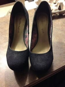 Ladies Brand Name Shoes, 6 and 6.5