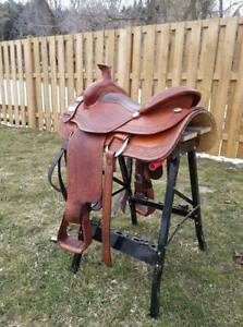 "16"" Double C Western Saddle"