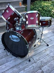 Astro 5-Piece Drum Kit (Red)