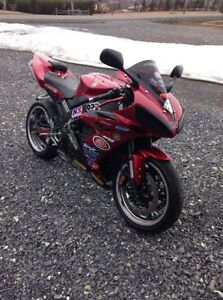 2004 Yamaha YZF-R1 1000CC with only 35 314 km