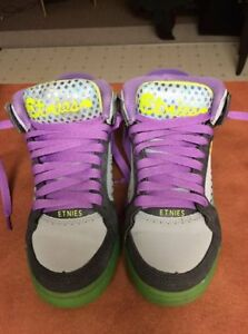 Etnies - Womens Uptown SMU Shoes Size 6