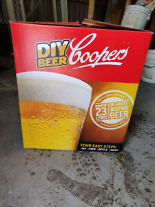 COOPERS BEER kit - NEW