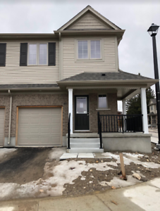 40-50 Pinnacle Dr-Brand New Townhome in Doon
