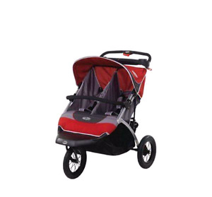 Double jogging stroller wih rain cover and shade cover