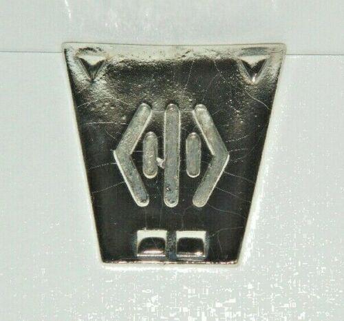 Babylon 5 TV Series Metal Wrist Communicator Pin -new
