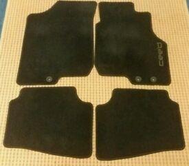 Kia Ceed Genuine Floor Mats
