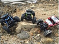 rc car 2.4g 4ch (off road) or inside rock crawlers(1/18 scale)