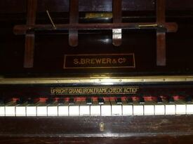 metal framed piano, with music teachers advising that metal frame is best.