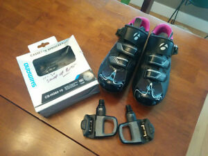 Ladies Cycling shoes, pedals and Shimano cassette sprocket