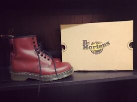 Dr Martens Size 6 Cherry Red