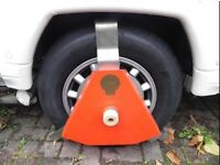 Bulldog wheel clamp