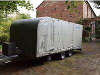 PRG Enclosed Car transporter / Car Trailer