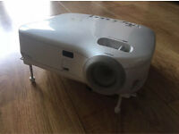 NEC VT570 LCD Projector - 96% Lamp Life Remaining!