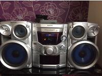 Panasonic stereo with 2 speakers