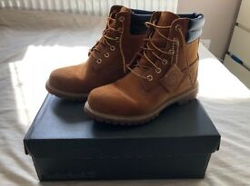 Women's Brown Timberlands Size 7