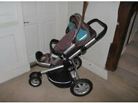 Quinny Buggy with spare seat cover and accessories