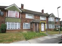 NEWLY DECORATED 2-3 DOUBLE BEDROOM GROUND FLOOR APARTMENT IN PRIME EDGWARE LOCATION