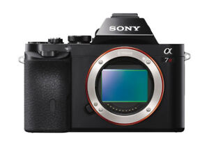 Sony A7R Full Frame mirrorless photo camera and HD Video cam