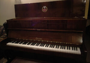 Piano needs a new home