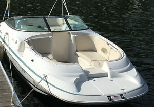 Chris Craft 232 SportDeck Excellent Condition with many options