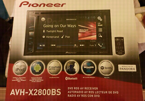 Pioneer touch screen car stereo deck *Like New*