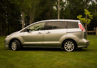 2010 Mazda Mazda5 GS Minivan ***Will sell fast at this price!!**