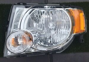Drivers side headlight replacement. 2010 ford escape xlt Peterborough Peterborough Area image 1
