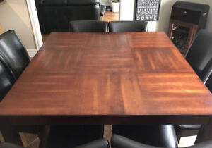 Dining table with 8 chairs (set)
