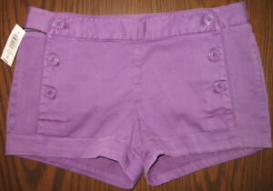 NEW! BUTTON FRONT SHORTS FROM ARITZIA, SIZE 6