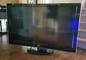 ** 55 inch LCD - LG TV **