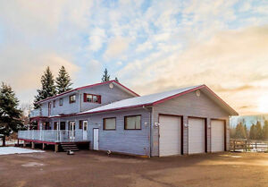 Executive Home / Farm on 26 acres In Prince George BC