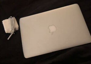 2010 11in MacBook Air for sale!
