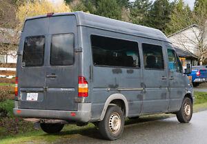 *PRICE DROP* 2004 Mercedes-Benz Sprinter Diesel Passanger Van North Shore Greater Vancouver Area image 3