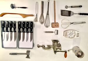 KITCHEN SUPPLIES - Food procesor, chef tools, dinnerware