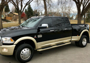 Private sale:Dodge Ram Longhorn Megacab Dually finacing availabl