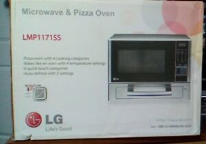 1.1 CU. FT. COUNTERTOP MICROWAVE W/ OVEN - LMP1171SS (UNOPENED)