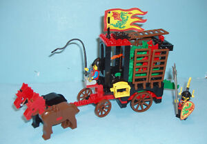 ANCIEN LEGO CASTLE no 6056, LE DRAGON WAGON, 1993