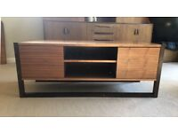 BEAUTIFUL vintage HEALS TV / AV unit.