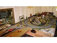 oo gauge Hornby train layout plus trains, rolling stock and scenery