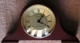 Retro Metamec Quartz Mantel Clock in Wooden Case