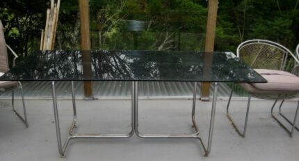 GLASS TOP TABLE. CHROME BASE. 1.5m x 1.1m
