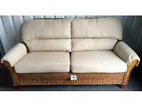 NEW 2/3 SEATER RATTAN WICKER SOFA WITH REMOVABLE CUSHIONS - 184cm x 92cm x 82cm